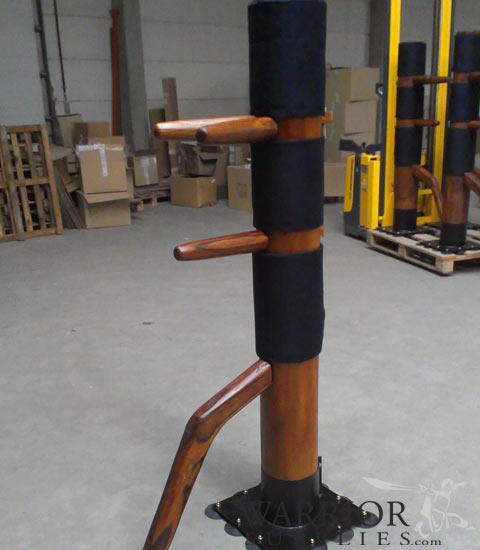 Free Standing Wooden Dummy with Suction Cups