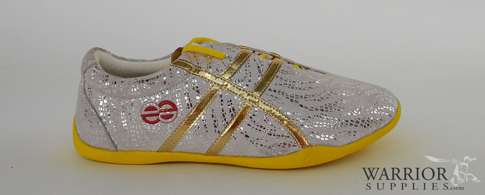 Leather Wushu shoes - white golden stripes